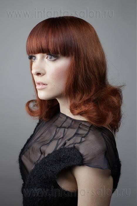 Итак, модные челки на средние волосы.  Сегодня знаменитые стилисты–парикмахеры, предлагают модницам великое множество...